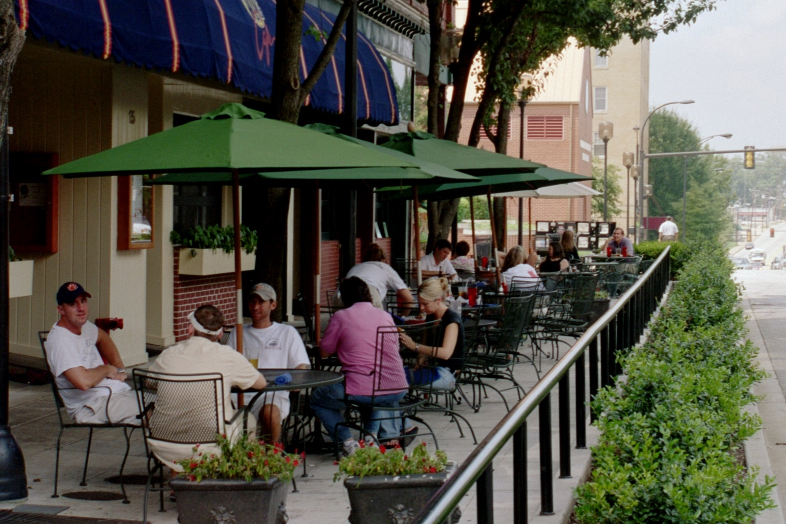 Relocate Loading Zone to Provide New Sidewalk Dining